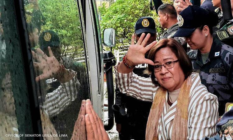 US senator: Duterte gov't should be held accountable for jailing De Lima