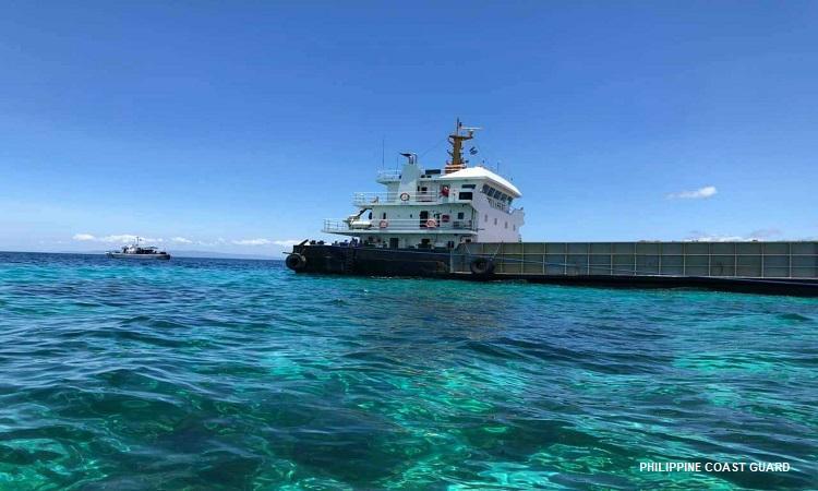 Cargo ship stranded off Panglao Island coast